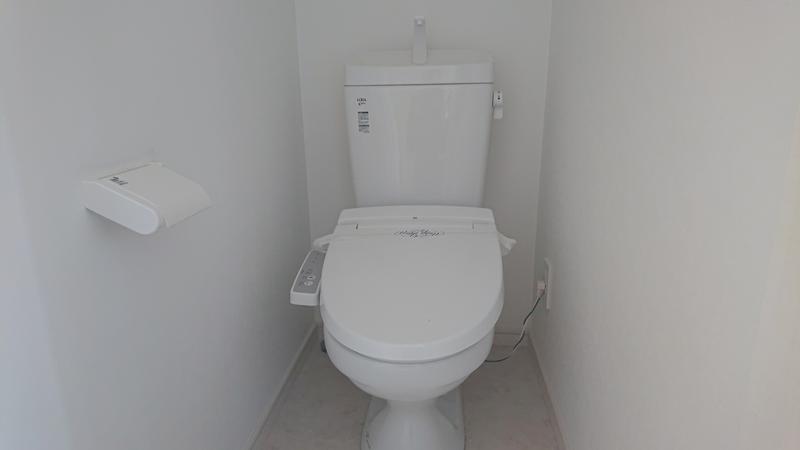 ファミリーホール港南台、社員寮・トイレのご案内